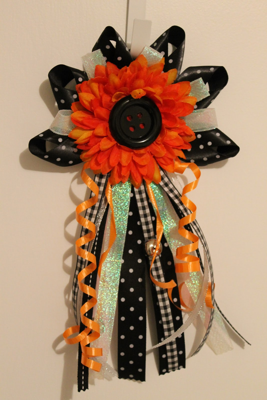 Diy Homecoming Mum And Garter Tutorial The Child At Heart Blog