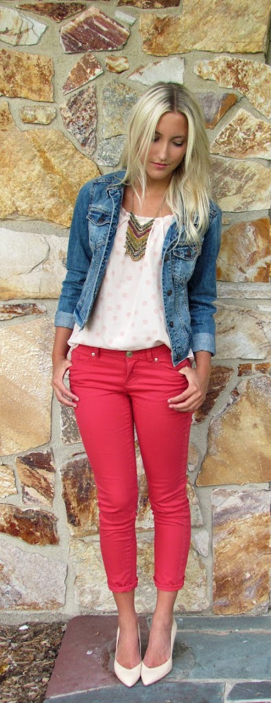 How to Wear Denim and Chambray for Spring and Summer 14 Denim Outfit Ideas - Child at Heart Blog
