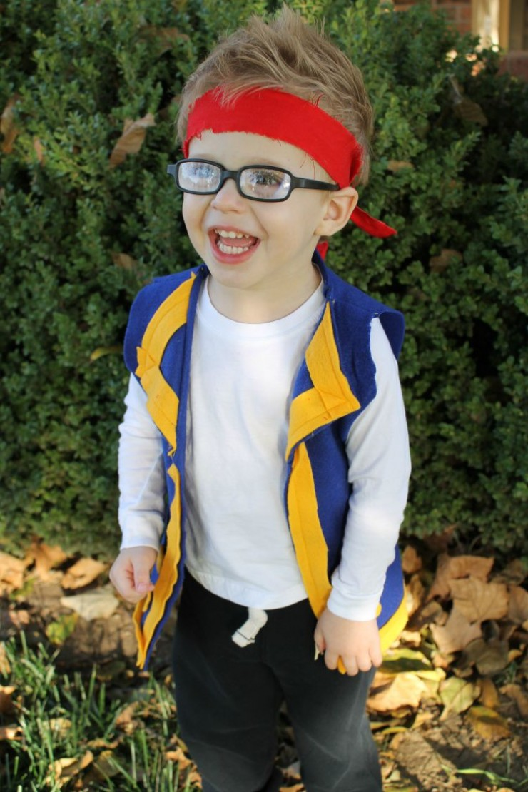 Easy Jake Pirate Costume Idea:   Child at Heart blog
