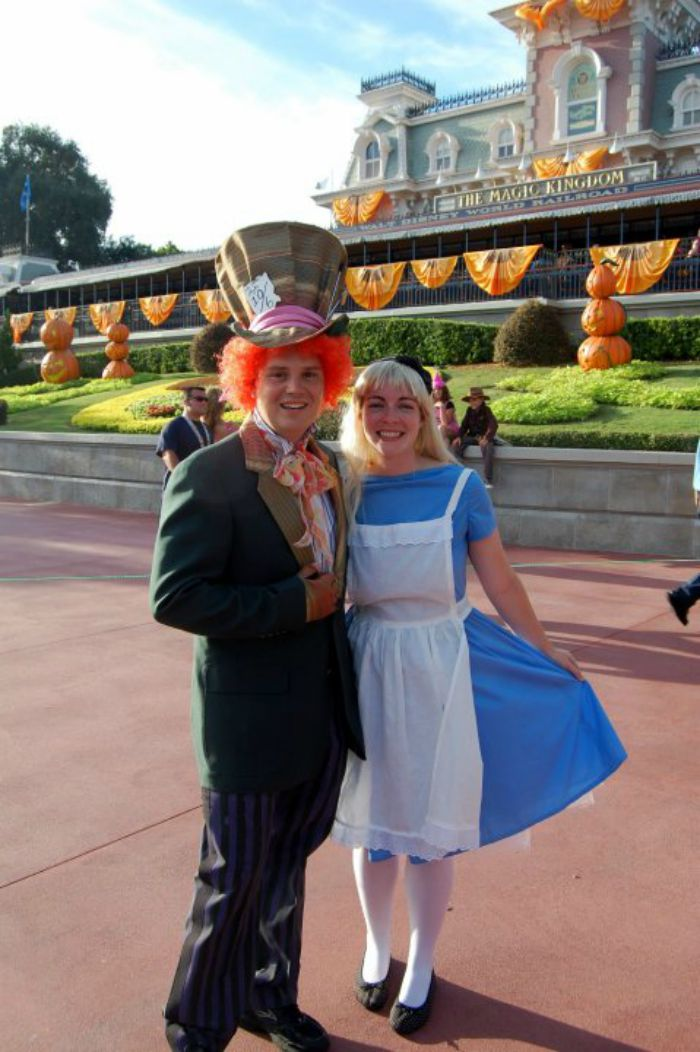 mad hatter and alice and wonderland diy halloween costume idea child at heart blog