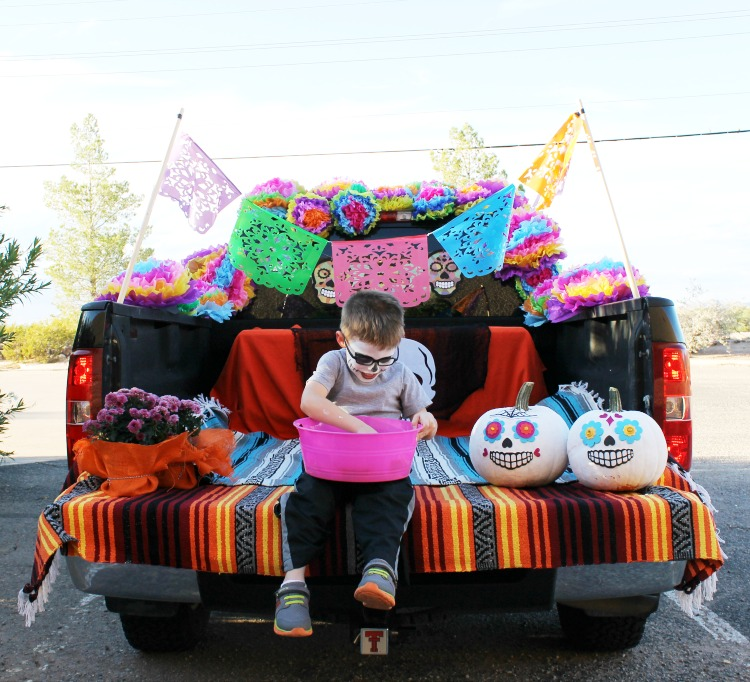 day of the dead trunk or treat ideas child at heart blog. Black Bedroom Furniture Sets. Home Design Ideas