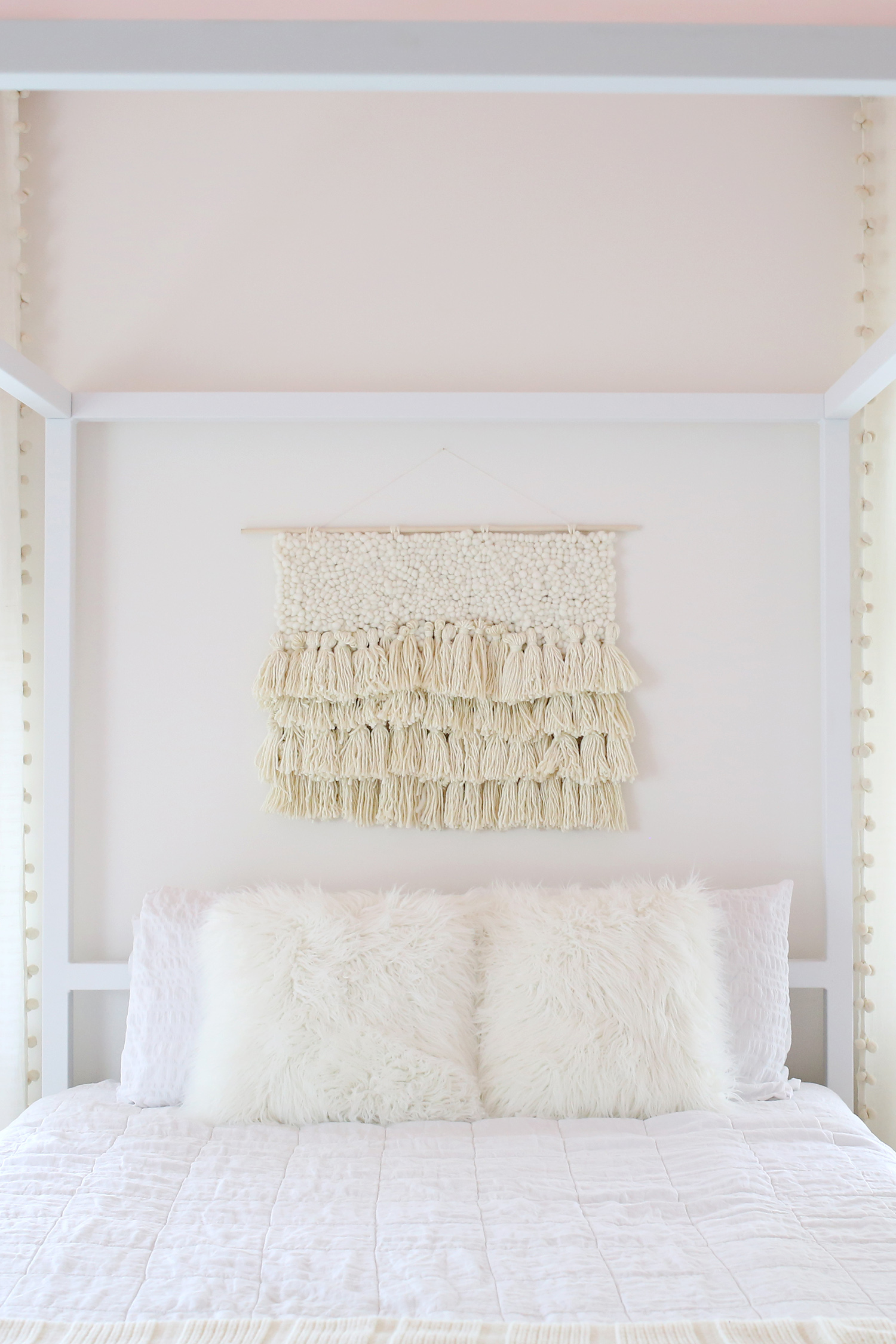 Minimalist Baby Room Decor