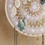 $2 Boho Dreamcatcher Jewelry Display
