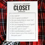 How to Clean Out your Closet for Good + FREE Printable Checklist