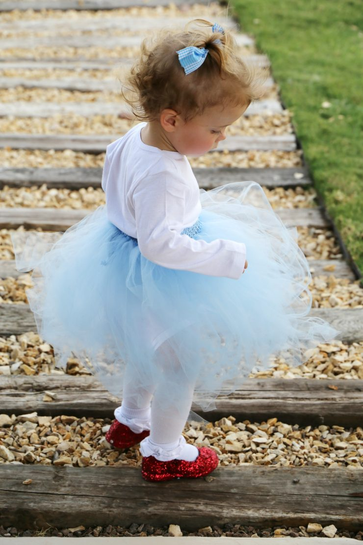 Easy DIY Dorothy Wizard of Oz Baby Costume Idea: The Child at Heart Blog